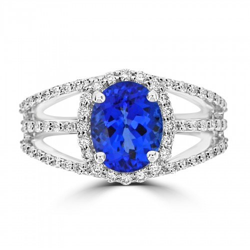 18ct WG Oval Tz With Pavé Surr/Triple Should Ring