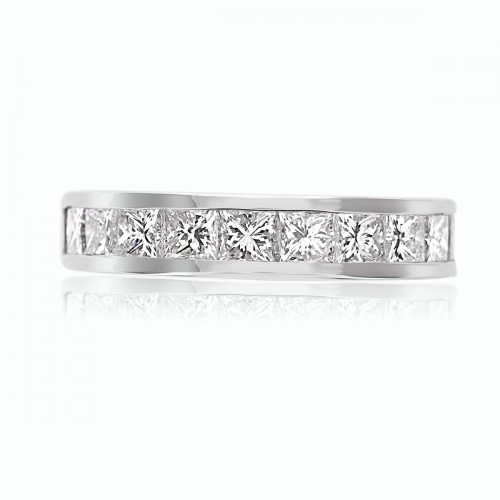 18w 11xprin 2.18ct Channel Set Ring